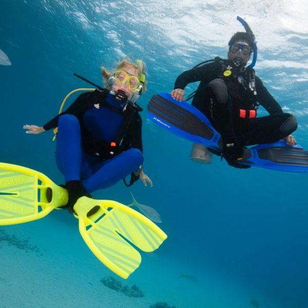 7 Mares Flotabilidad curso PADI Divemaster
