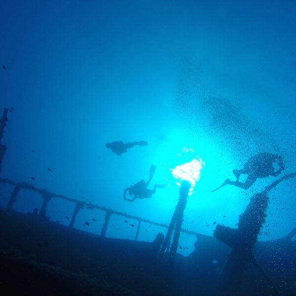 7 Mares inmersion en pecio