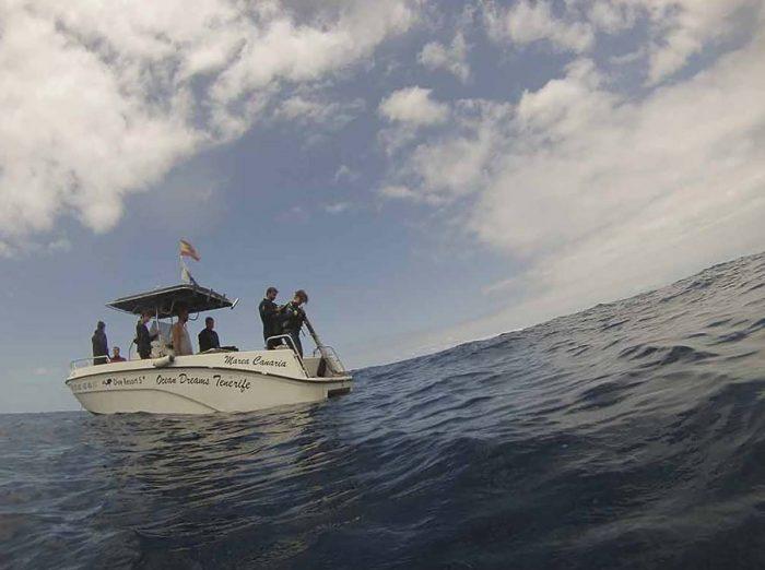 Barco para cursos buceo Ocean Dreams Tenerife