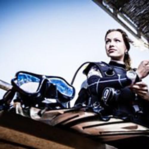 Buceadora Atlantis Diving Lanzarote