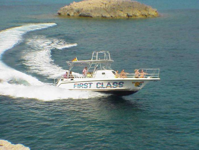 Mero Diving embarcacion de buceo