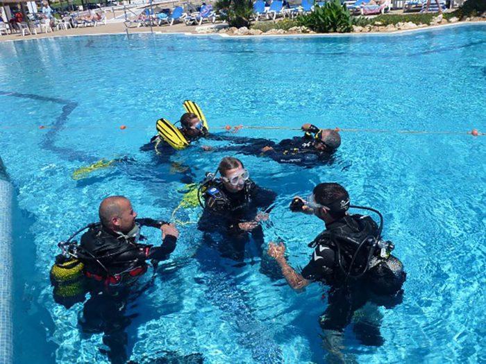 Practicas de buceo en Salgar Menorca