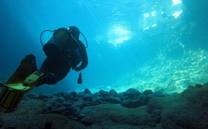 Submarinista buceador en Ocean Dreams Tenerife